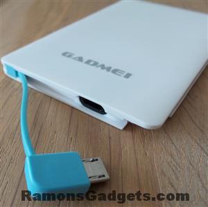 MiniPowerPack-Externe-Accu-2500mAh-GADMEI MicroUSB lader - batterij