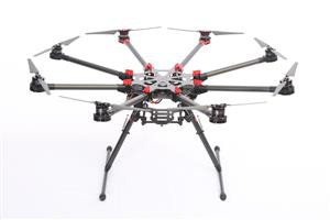 Drone-Octocopter DJI s1000